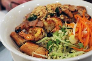 Bun Dac Biet vietnamese food in Kansas City, gladstone