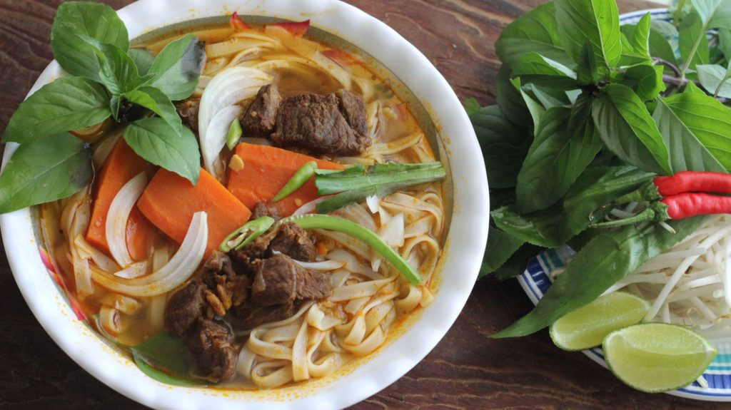 pho bo kho beef stew with rice noodles